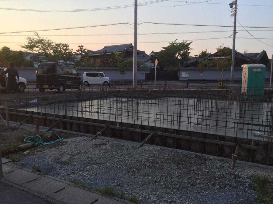 基礎コンクリート金鏝完了