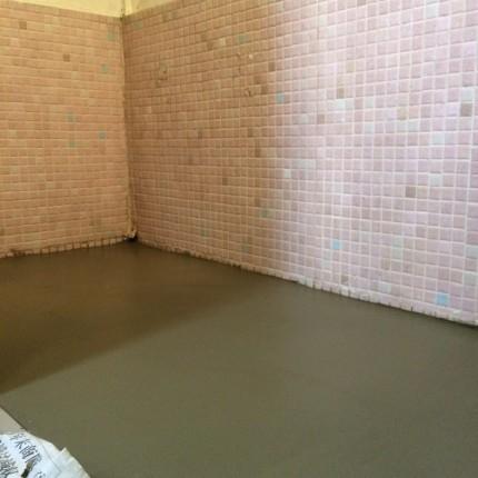 浴室床土間コン 3